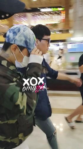BIGBANG wout Seungri departure Seoul to Tokyo 2016-08-26 2 (4)