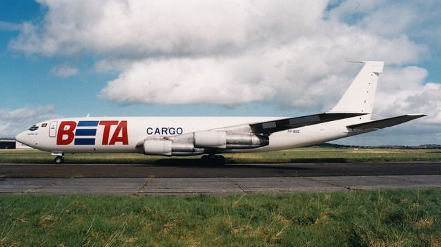 Shannon 1990s_0082  PP-BSE B707----BETA Cargo