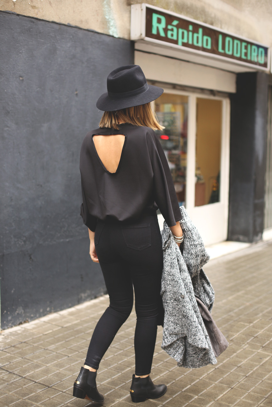 my showroom, black jumpsuit, sudadera ebay, total black, look invierno, blog de moda, street style,