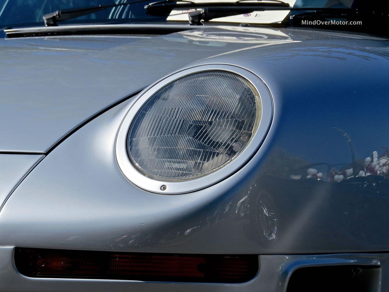 Porsche 959 Headlight