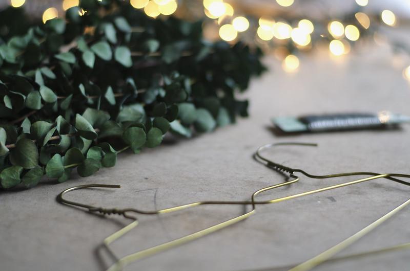 Wreath Supplies on juliettelaura.blogspot.com