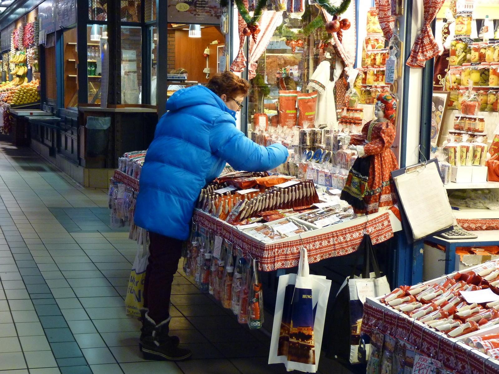 Samstag früh in Budapest am Markt, 6.30 h