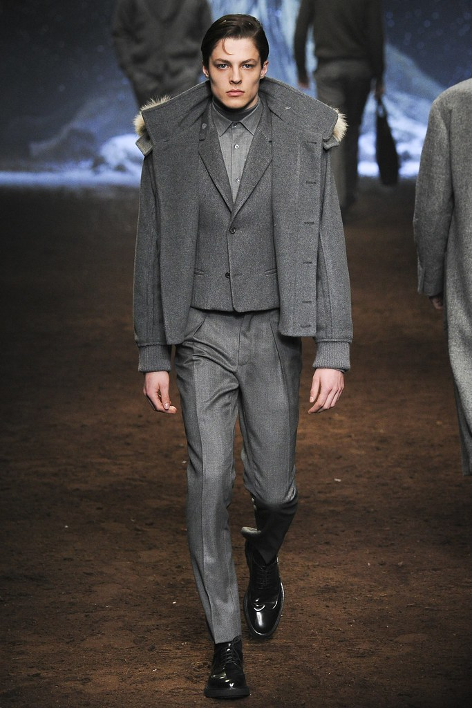 FW15 Milan Corneliani031_Brodie Scott(VOGUE)