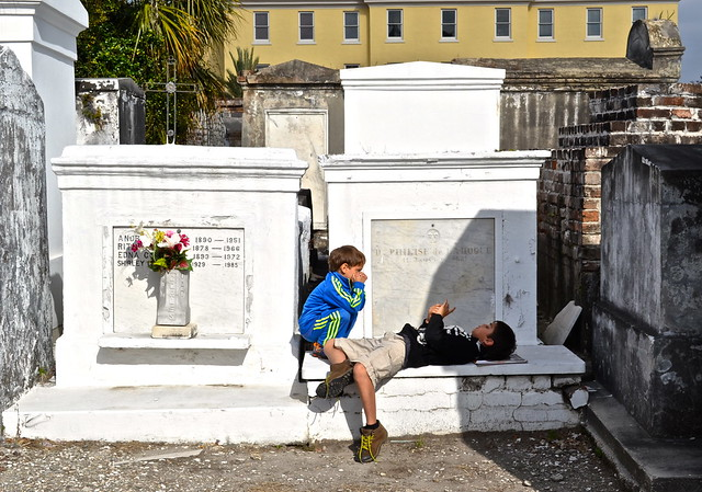 cemetery tour in new orleans