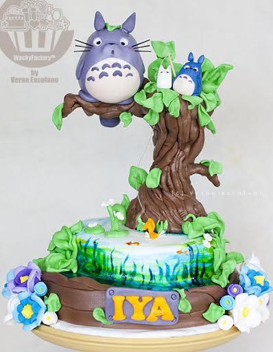 Totoro Cake by Verna Escolano