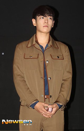 TOP-StageGreetings_Day2-20140907_(16)