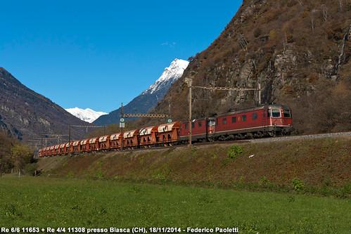 mountains train montagne switzerland ticino merci swiss railway zug sbb svizzera bahn stazione treno freight carri ffs ferrovia elettrica gotthard locomotiva cff re44 re66 biasca gottardo 11308 11653 sbbcargo tramoggia sigirino huntwangen