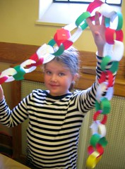 An Advent paper chain