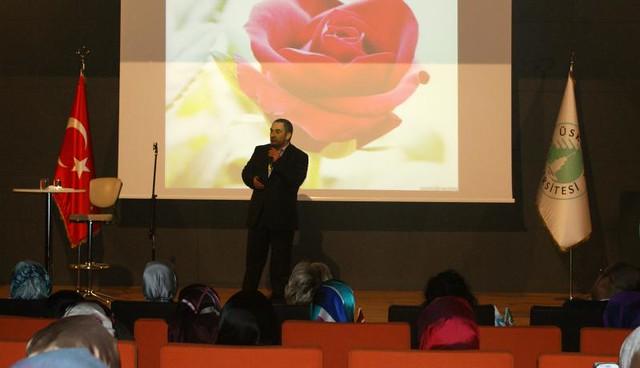 Dursun Ali Erzincanlı şiirleriyle büyüledi.