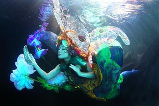 Twig the Fairy Underwater!