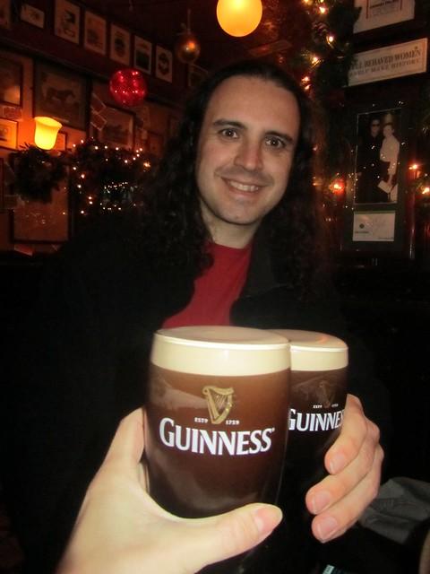 Guinness en el Temple Bar Dublín Irlanda