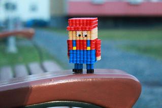 A lonely Mario - Azumstuff.com
