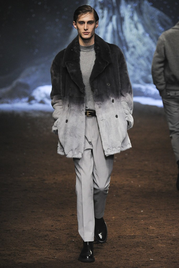 FW15 Milan Corneliani034_Jeremy Matos(VOGUE)