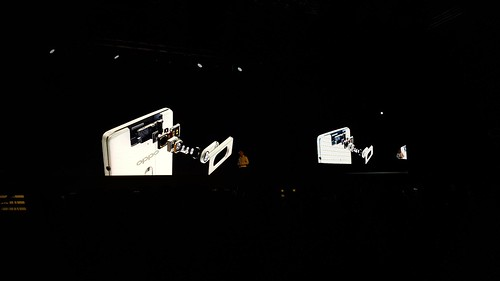 เลนส์ของ Oppo N3 งวดนี้ ดูดีมาก ร่วมมือกับผู้ผลิตเลนส์ชั้นนำอย่าง Schnider ด้วย