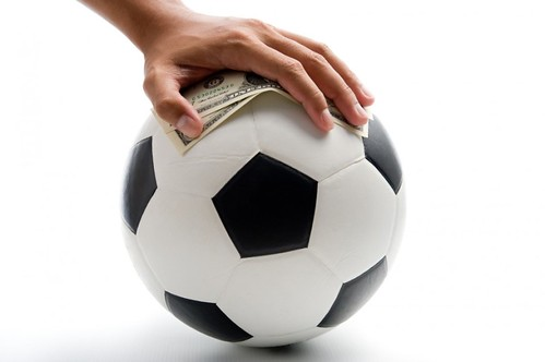 football_with_dollars-960x600