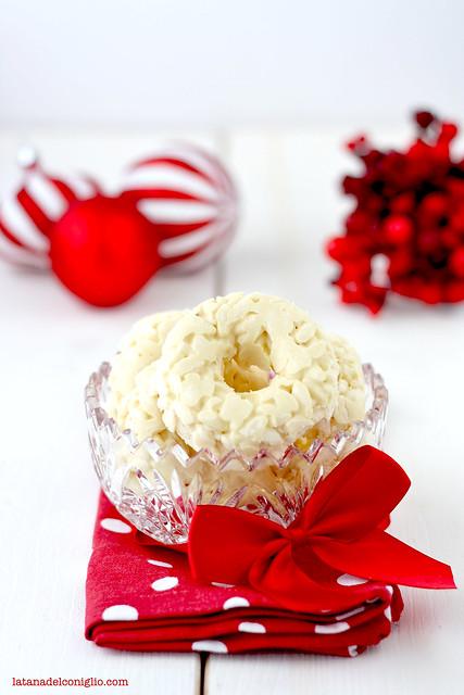 coroncine cioccolato bianco e riso soffiato