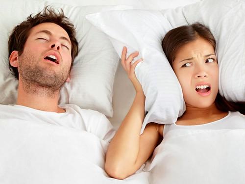 Tiếng ngáy gián tiếp làm gia tăng nguy cơ mắc bệnh tim mạch