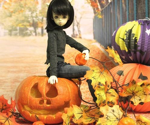 happy halloween! (Flower Junior Char)