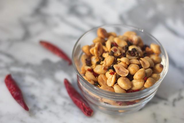 Sichuan Chile Peanuts (2)