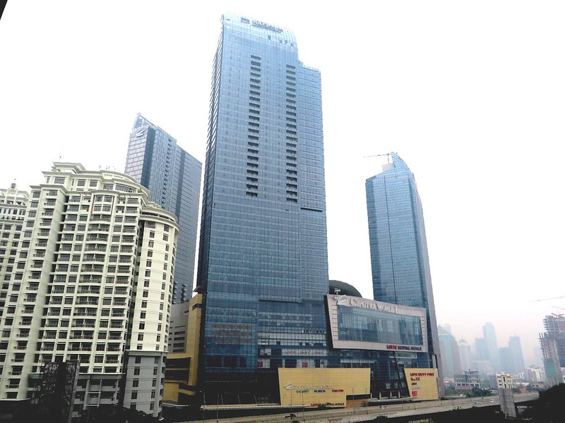 Jakarta ciputra world jakarta 253m 831ft 52 fl 207m karena tinggi banget dan juga bidangnya agak melengkung tulisan raffles nya kurang jelas dari jarak saya ambil foto lain kali harus coba dari lebih jauh gumiabroncs Choice Image
