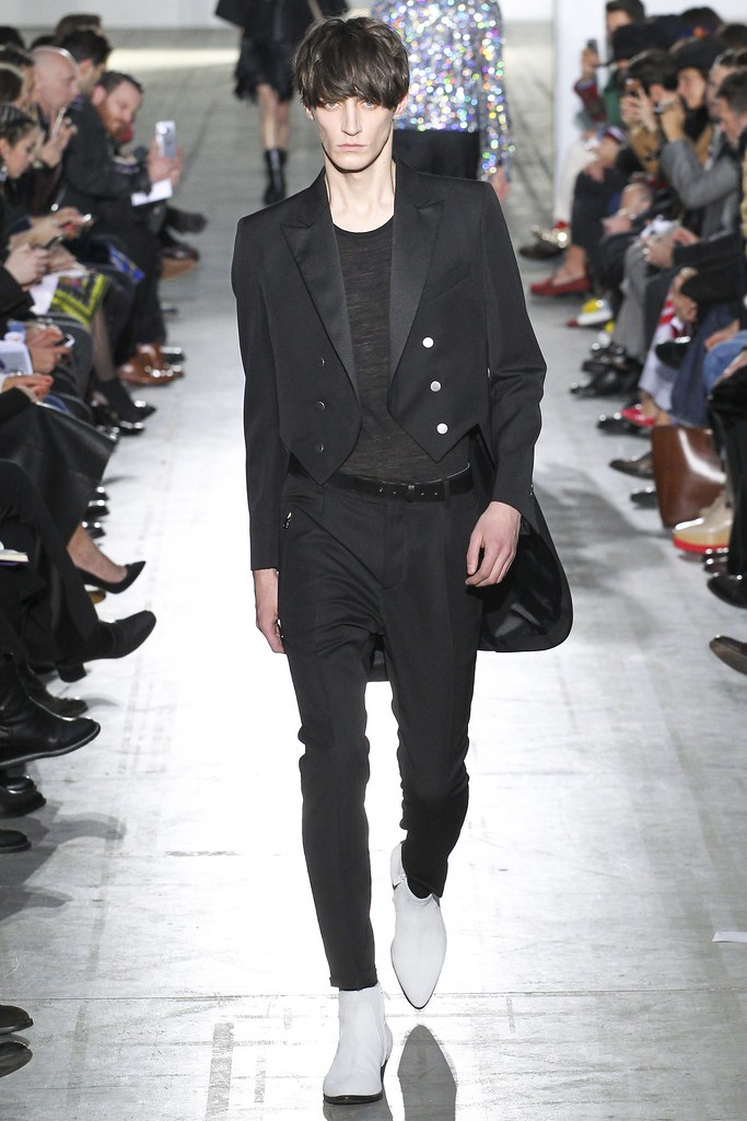 FW15 Milan Costume National033_Mihai Bran(VOGUE)