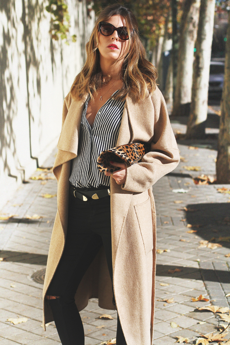 camel-coat-chelsea-boots-street-style-4