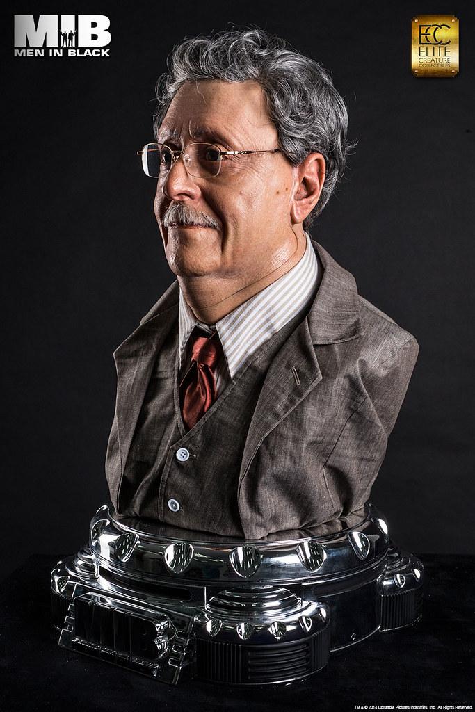 ECC《MIB 星際戰警》章圖‧羅森堡 1:1 複製胸像