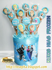 KUKIS FROZEN BOUQUET