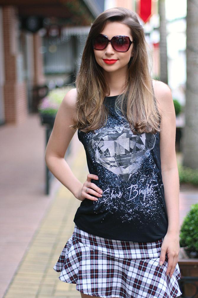 07-saia-xadrez-blusa-preta-sempre-glamour