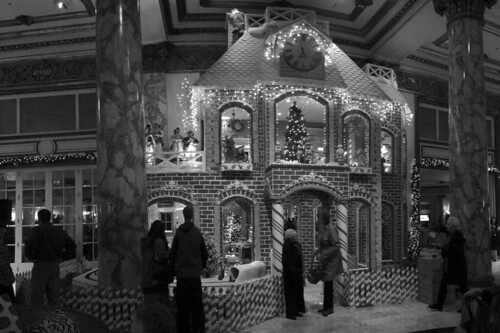 Christmas in the City - Fairmont Gingerbread house