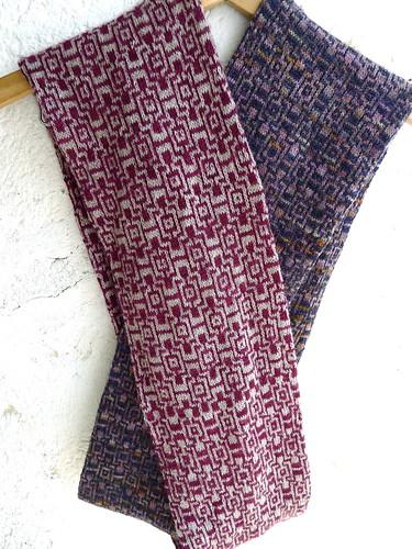 Amecameca infinity scarf