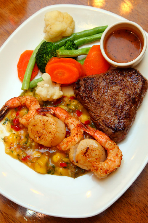 Steak-and-Seafood-Mixed-Grill