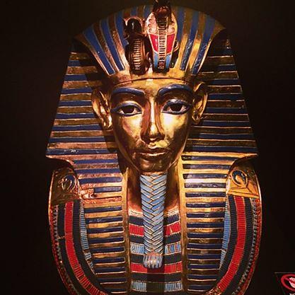 Máscara funeraria del faraón Tutankamón