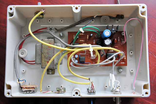 Internal view of AF signal generator.