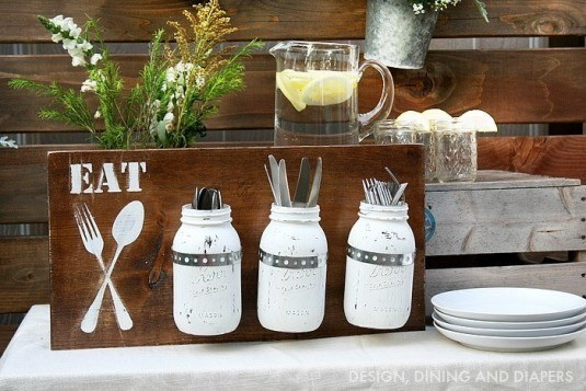 You can paint the old mason jars in your favorite color and use it as a great storage solution
