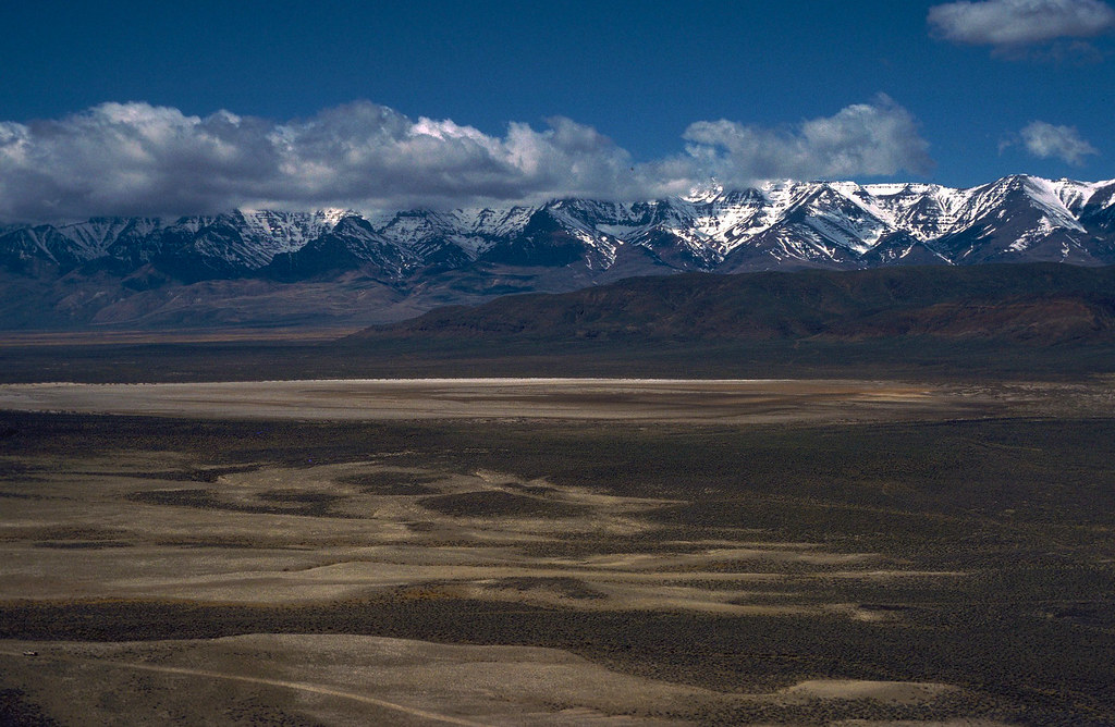 Alvord Desert Oregon Map.Alvord Desert While Steens Mountain Looms To The West The Flickr