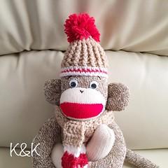 Yay! He was born today. 新しいおうちを探してます(*^^*)  #sockmonkey #handmade #crochet #hat #scarf #ソックモンキー #ハンドメイド #かぎ針編み #マフラー #Etsy #Creema #minne #iichi