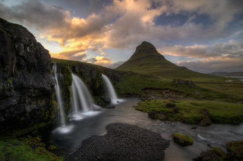 travel sunset vacation nature landscape waterfall iceland nikon outdoor falls tokina kirkjufell hdr circularpolarizer d300 landscapephotography photomatix 1116mm kirkjufellsfoss