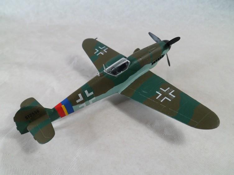 Messerschmitt Bf109 G-10 [Revell 1/72] 15740407467_28d65425d6_b