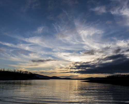 morning winter sky sun lake water weather clouds sunrise landscape december colours greece σύννεφα karditsa thessalia λίμνη plastiras plastiraslake kalyvia θεσσαλία greeksky καλύβια λίμνηπλαστήρα καρδίτσα