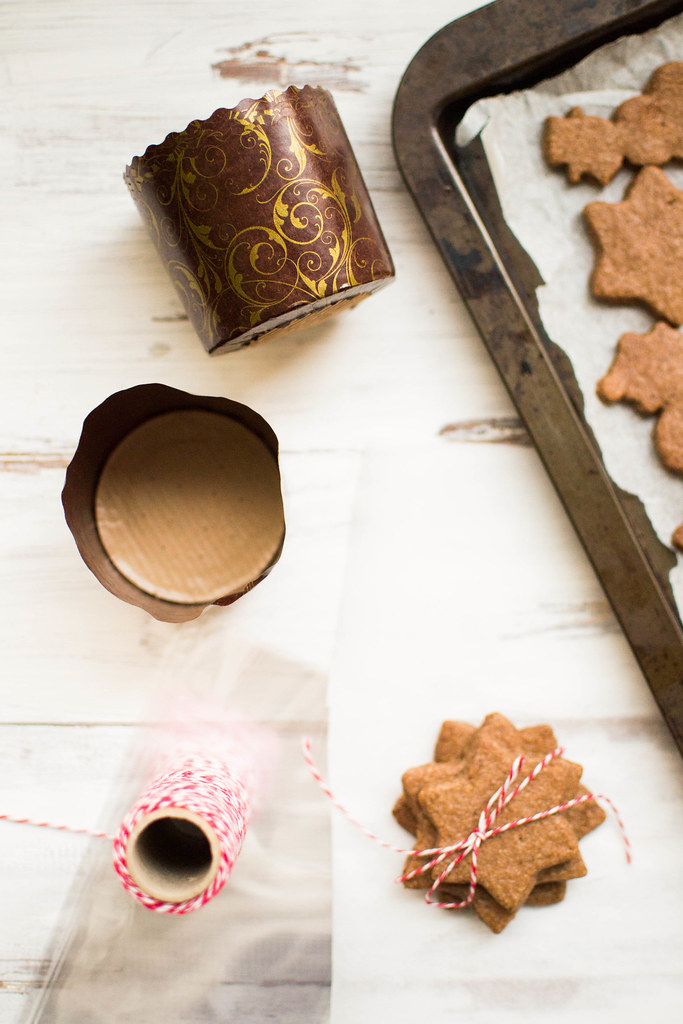 Festive Baking :: Chocolate Gingerbread Cookies Recipe