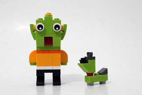 LEGO January 2015 Monthly Mini Build - Alien (40126)
