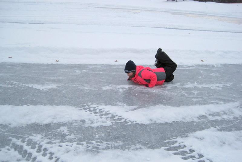 Skating (2)