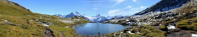 Panorámica del lago Bachalpsee, el lago más bonito de Suiza