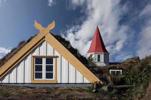 building church architecture iceland outdoor farm skagafjörður turfhouse img2248 glaumbær canoneos5dmarkii canonef100mm128lusm sigmundurandresson