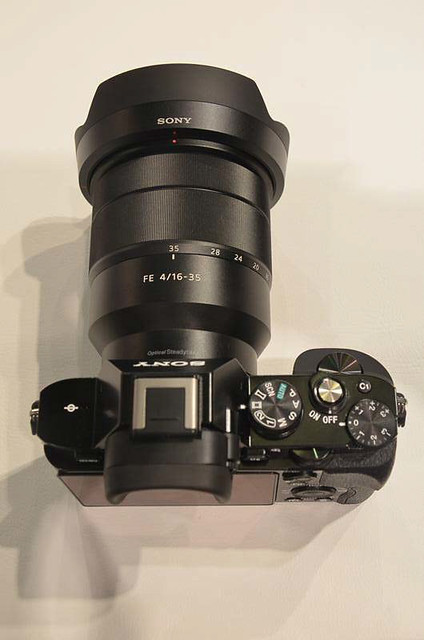 sony_16_35mm_hands_on_13.jpg