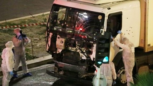 2 more arrests in Nice truck attack; IS claim is studied