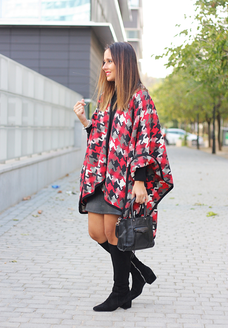 outfit-cape-leather_skirt-black_boots-street_style-look_lady_mode-mango_zara_DIY