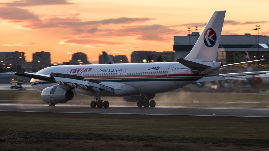 B-5942 - A332 - China Eastern Airlines