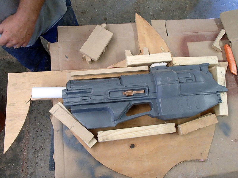Aug 17 Harpoon Gun Molding Progress 08